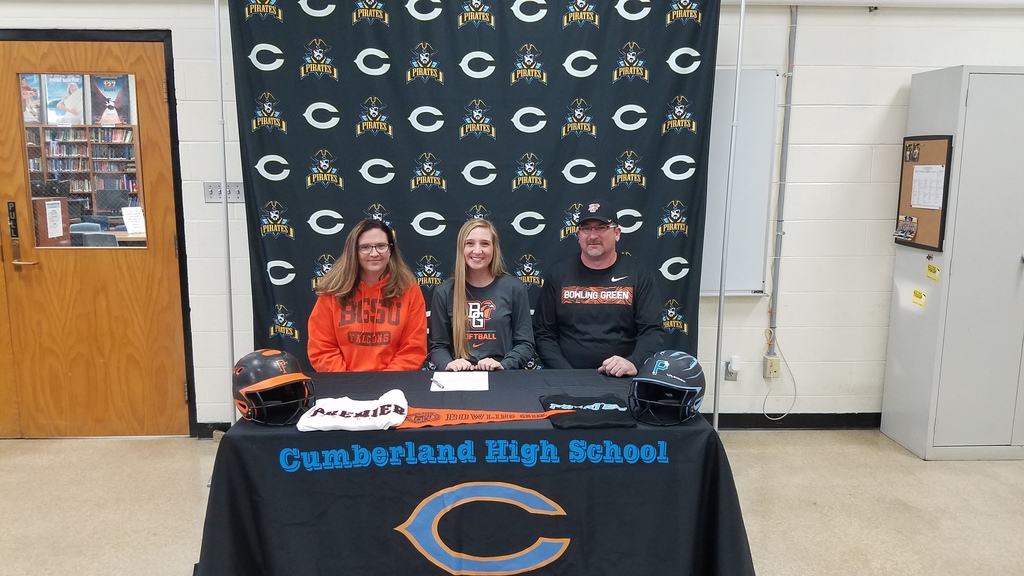 Maddison Hendrix signs her letter of intent to play softball at Bowling Green State University